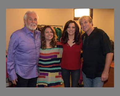 Kenny Rogers, Melissa Fitzgerald, Martina McBride, and Greg Travis on Entertainment Tonight